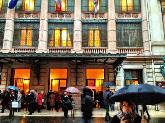 Rainy day at the opera